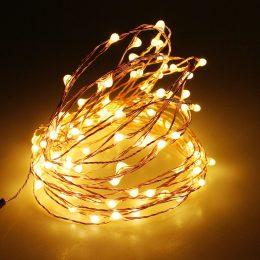 Stīgu virtene 30 LED diodes - darbojas ar baterijām - silti baltā krāsā