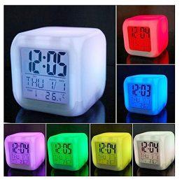 LED Modinātājs pulkstenis - hameleons ar termometru, kas maina krāsu